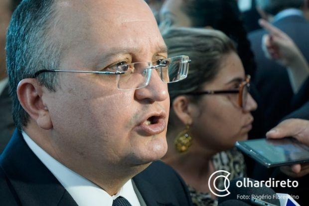 Pedro Taques processa conselheiro do TCE que o chamou de bandido em coletiva
